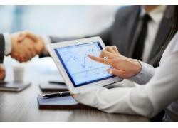 基金互动网介绍抗疫概念股有哪些_股票证券